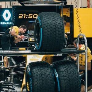 Renault F1 mechanics at work